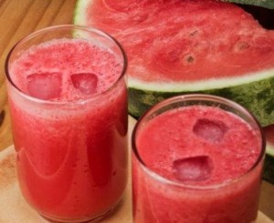 Watermelon-Cucumber-Smoothie-e1405392041616